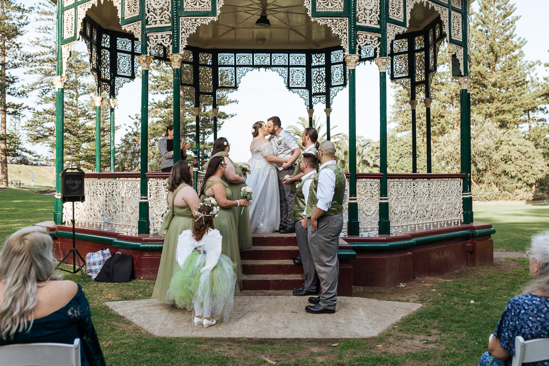 Adrienne-Adrian-King-Edward-Park-Wedding-Newcastle-535