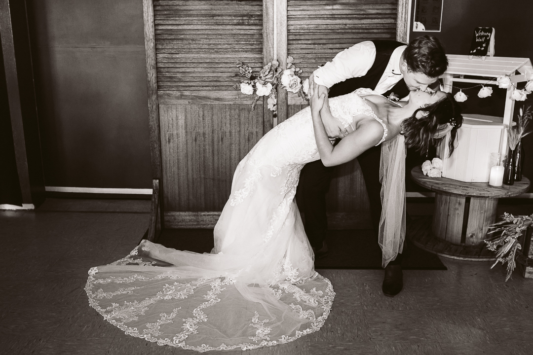 1_Dakota-and-Leo-Newcastle-Wedding-561