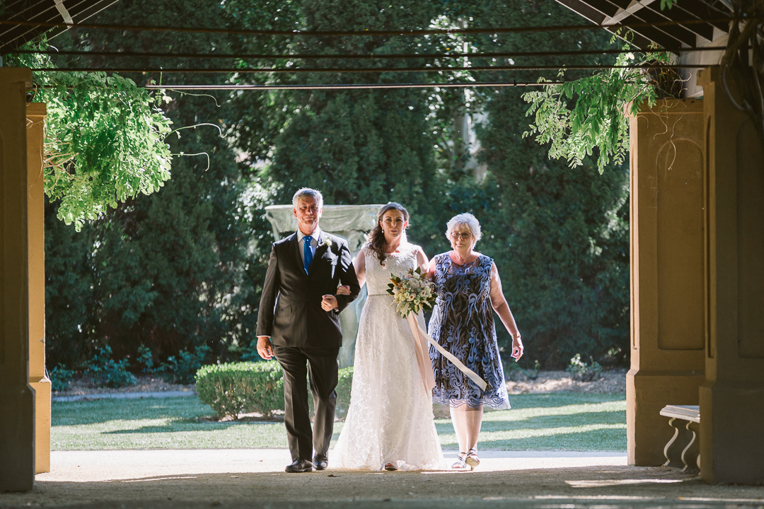 Kristen-and-Darren-Hunter-Valley-Gardens-Wedding-29