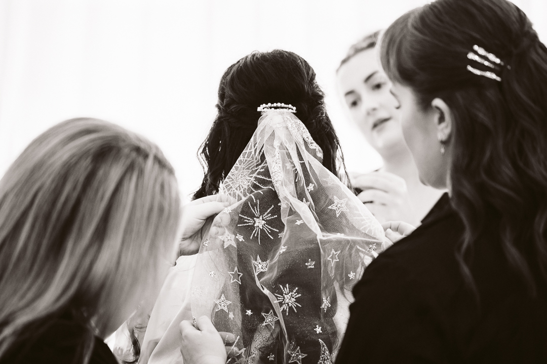 1_Myf-and-Reece-Hunter-Valley-Wedding-28