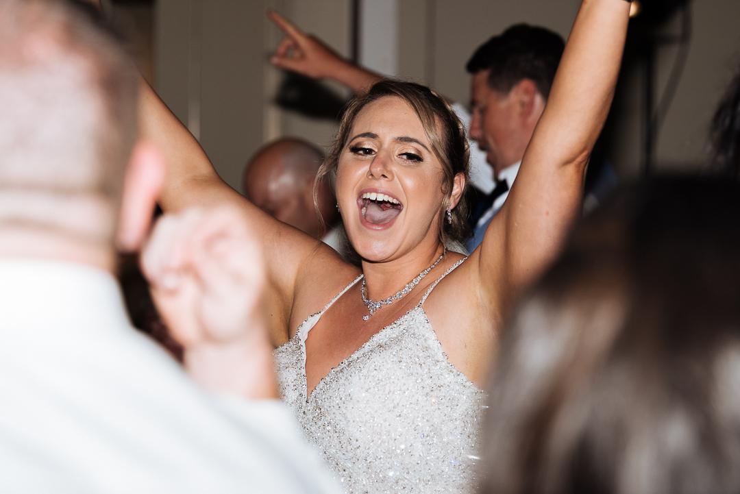 Nicole-Pat-Caves-Beach-Wedding-671
